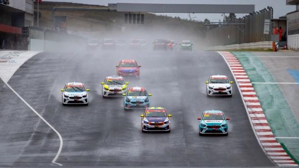 Duas corridas eletrizantes na visita do Kia GT Cup ao Autódromo do Algarve