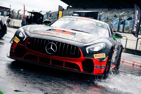 Mercedes daBullitt Racingregressa aoSupercars – GT4 Southcom Pattrick/Monti