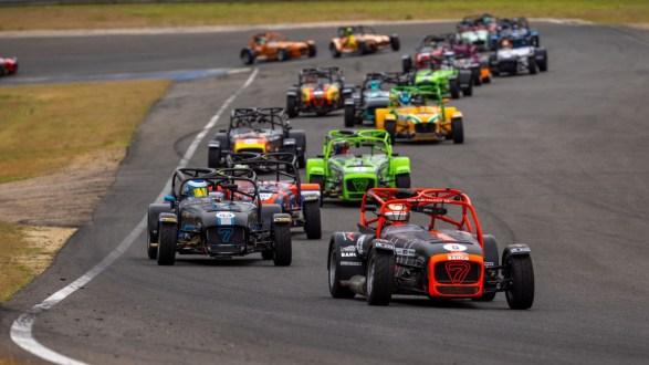 Novo recorde do Super Seven by Toyo Tires na visita ao Circuito do Estoril