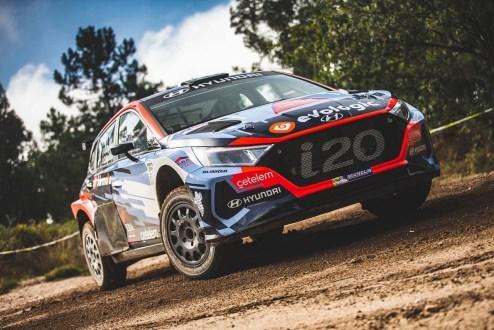 """Bruno Magalhães """"impressionado""""  após testar o seu novo Hyundai i20 N Rallye 2"""