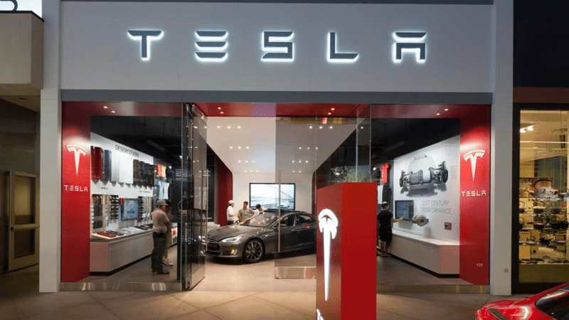Tesla will Close Retail Stores and Sell Cars Online
