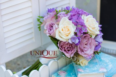 Buchet mireasa Iasi cu hortensie si trandafiri