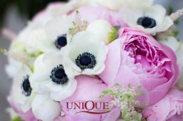 Buchet mirese anemone si bujori
