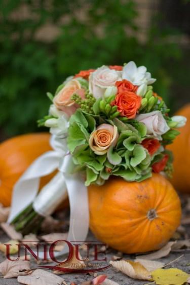 Nunti de toamna si buchete de mireasa asortate Iasi