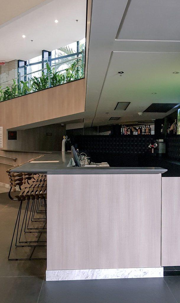 Quality Hotel Blumenau | Bar