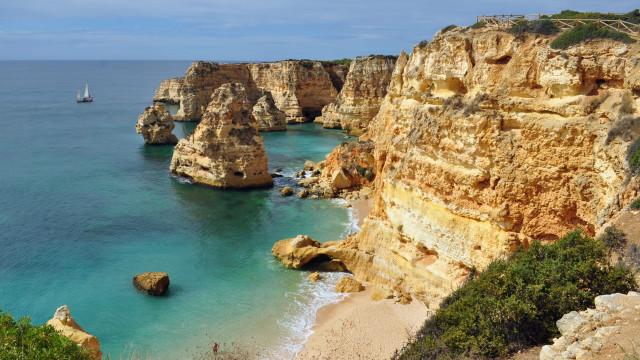 Praia da Marinha // Melhores praias do Algarve