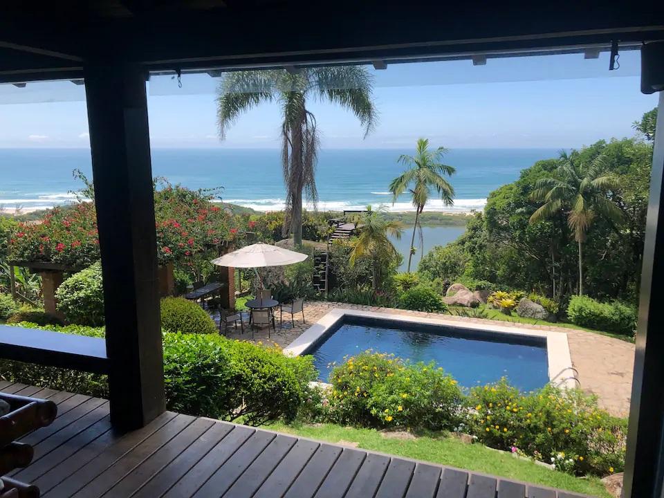 Airbnb na Praia do Rosa / Casa com vista