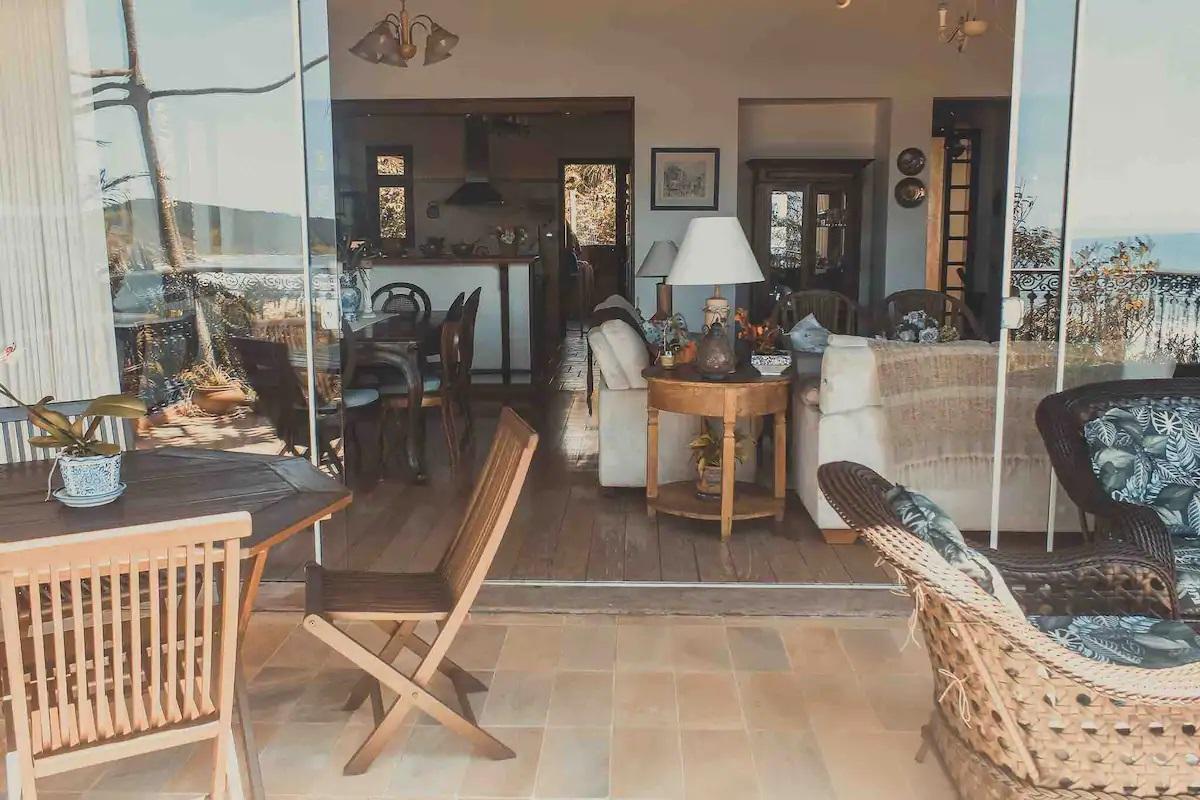 Airbnb na Praia do Rosa / Casa completa com vista