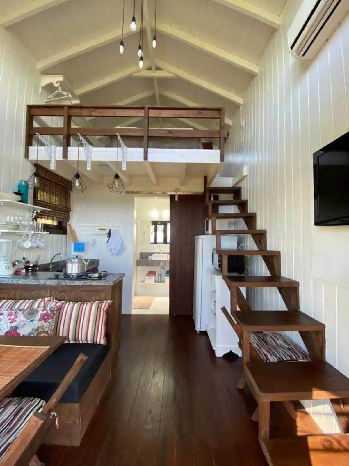 Airbnb na Praia do Rosa / Loft para casais