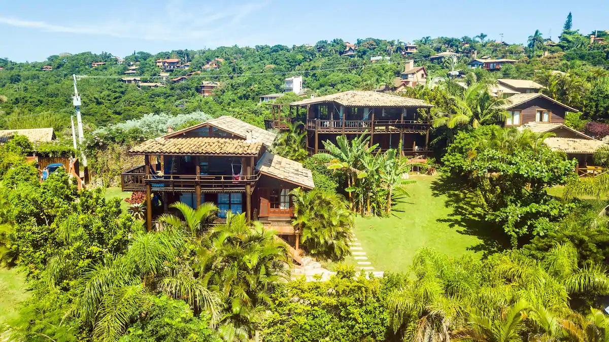 Airbnb na Praia do Rosa / Casa Buda