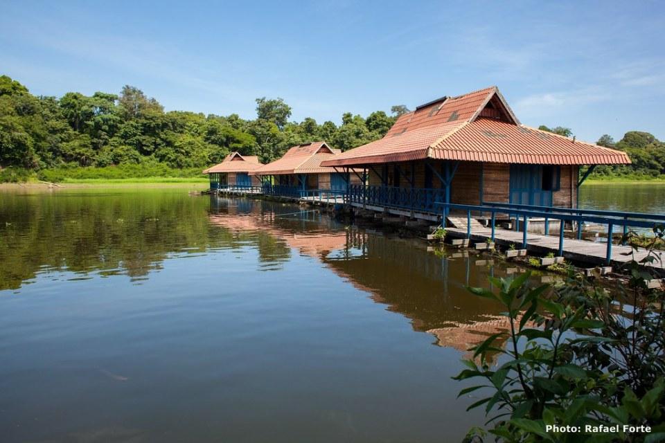 Hotéis Sustentáveis no Brasil / Uakari Lodge