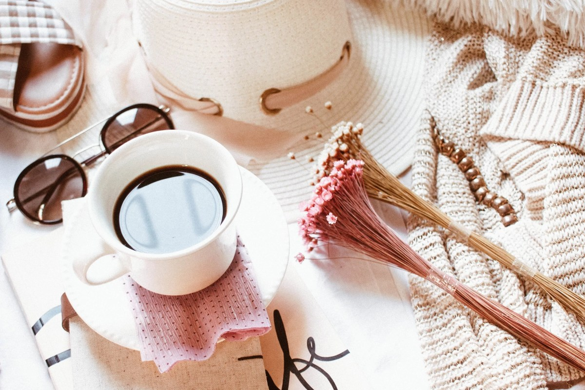 How to Make a Self Care Kit + 20 Items to Include