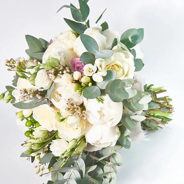 Buchet bujori albi si trandafiri ivoire si lila