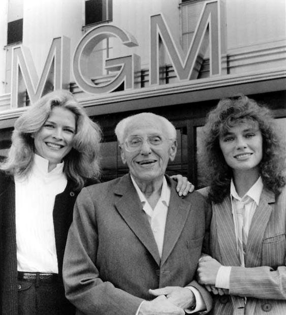George Cukor con le due interpreti Jacqueline Bisset e Candice Bergen.