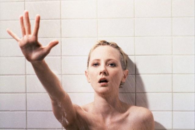 9.-Psycho-Gus-Van-Sant-1998