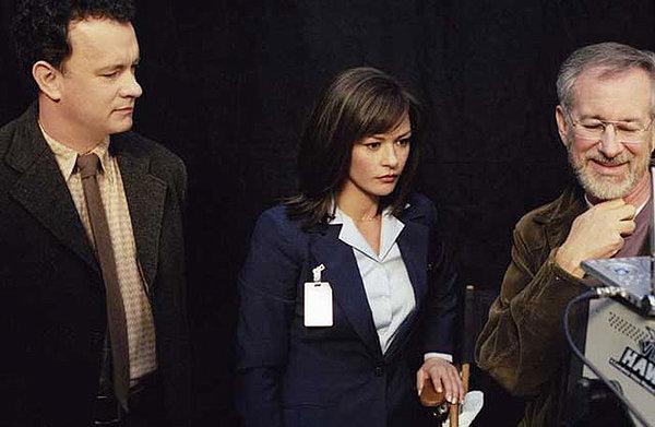 Tom Hanks, Catherine Zeta-Jones e Steven Spielberg sul set