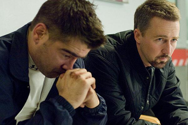 Colin Farrell e Edward Norton sono i due fratelli poliziotti di 'Pride and Glory'