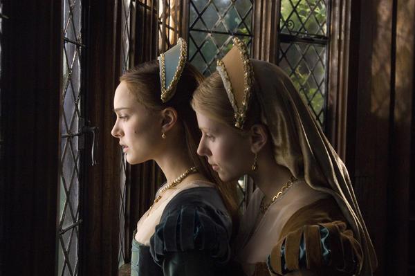 Natalie Portman e Scarlett Johansson in 'L'altra donna del re'