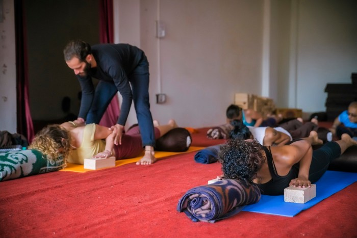 Yoga Teacher Training in India in Chinmay Yoga
