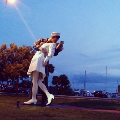 Sarasota's kiss