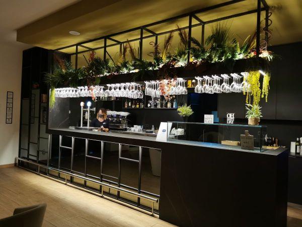 Bar del hotel SB Corona Tortosa