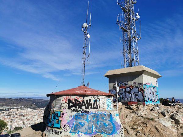 Antenas de telefonía en el Turó de la Rovira