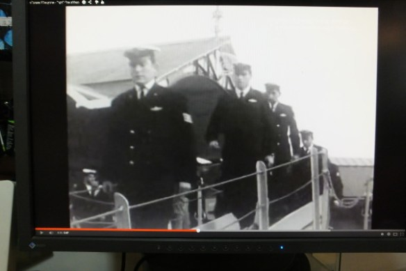 דן מנור ז״ל בסרט השקת הצוללת בדקה 3:44 - 3:47. 9 ינואר 1968