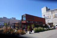 RE:Start Mall. Einkaufszentrum aus Containern