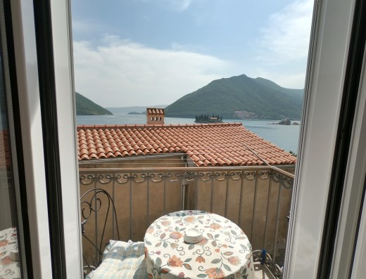 apartment for sale in perast