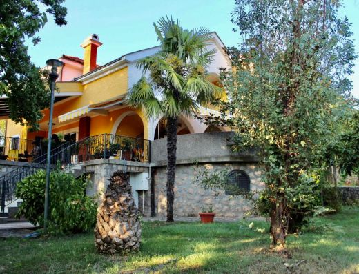 beautiful house sale podgorica
