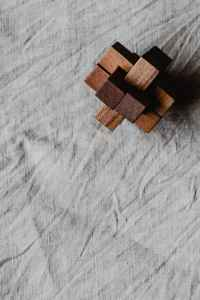 snow wood construction pattern
