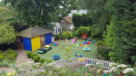 nursery rhymes leicester garden
