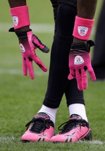 nfl_breast_cancer2_m