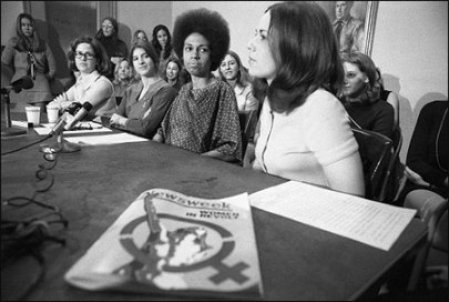 Eleanor Holmes Norton (second from right) and some of the female Newsweek employees at a 1970 press conference. (Bettmann/Getty)