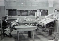 """US Government photo, """"Kay McNulty, Alyse Snyder, and Sis Stump operate the differential analyser [sic in the basement of the Moore School of Electrical Engineering, University of Pennsylvania, Philadelphia, Pennsylvania, circa 1942–1945."""" (Licensed under Public domain via Wikimedia Commons.)"""