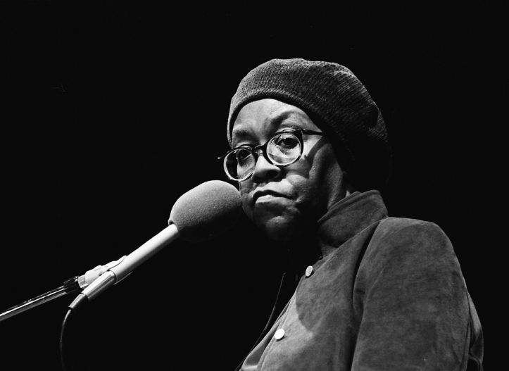 Gwendolyn Brooks appearing at the Miami Book Fair International, 1985. (MDCarchives/Wikimedia Commons | CC BY-SA)