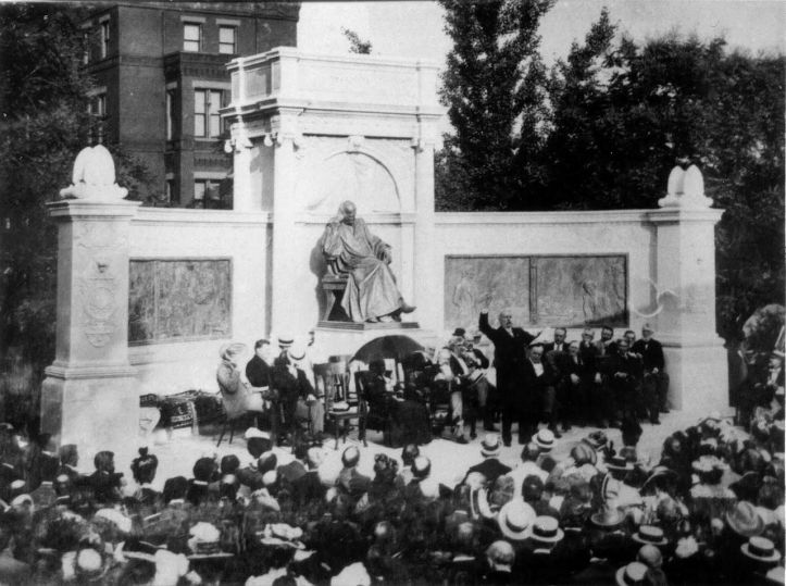 Dedication of the Samuel Hahnemann Monument in Washington, D.C., June 21, 1900. (Wikimedia, via Prints and Photographs Division, US Library of Congress, The Neighborhoods of Logan, Scott, and Thomas Circles, 98.)