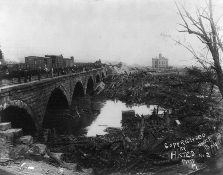 The Stone Bridge debris field after a partial cleanup, ca. 1884. (Ernest Walter Histed/Library of Congress | Public domain)