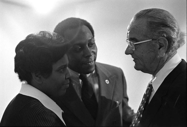 Barbara Jordan, Vernon Jordan, and President Lyndon B. Johnson at the 1972 Civil Rights Symposium. (Frank Wolfe/LBJ Library #B4804-10 | Public domain)