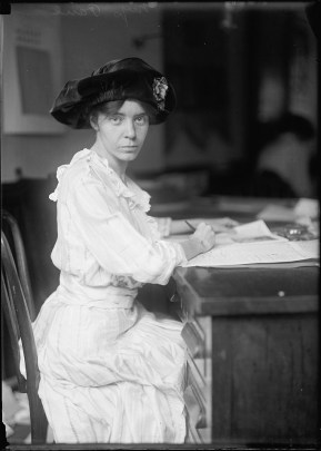 Photo of Alice Paul in 1915. (Harris & Ewing/US Library of Congress)