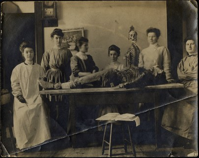 When Legs and Arms Won: The Culture of Dissection and the Role of the Camera at the Woman's Medical College of Pennsylvania