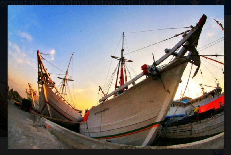 Pelabuhan Sunda Kelapa. Sumber foto : dhaverst.wordpress.com