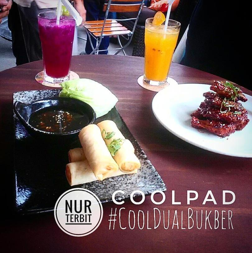 Memotret makanan dengan smartphone yang mumpuni (foto : Nur Terbit)