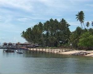 Pesona Pantai Sigandu Batang (foto Ist)