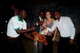 2 lebende Hühner als Dankeschön