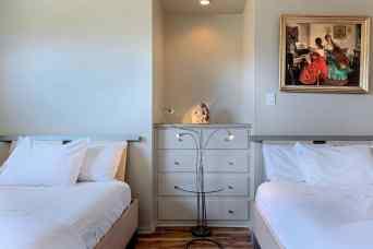 godroom 2 beds