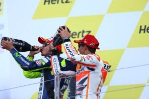Minum sama sama Selebrasi Podium Silverstone MotoGP 2014