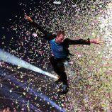 Chris Martin aksi panggung