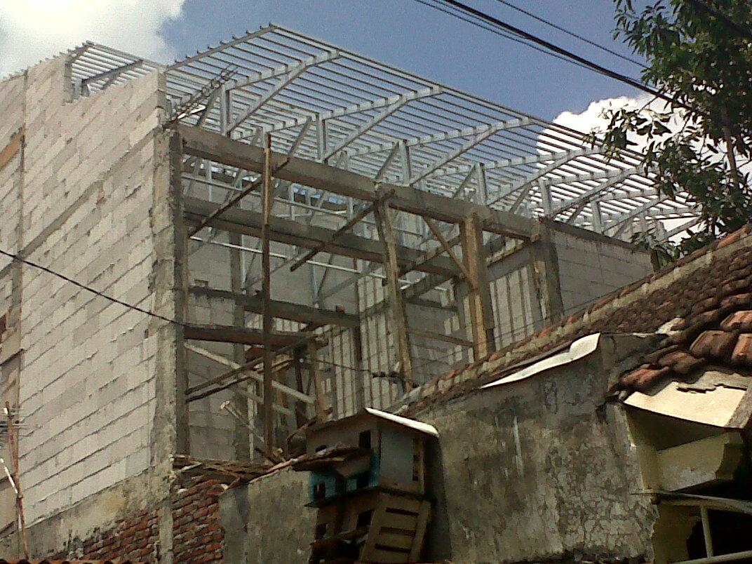 pasang atap baja ringan di cianjur project rangka galvalum krukah ...