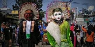 Festival Condet dibuka dengan pawai budaya Betawi di Jalan Raya Condet, Balekambang, Kramatjati, Jakarta Timur, Sabtu, 30 Juli 2016/Foto nusantaranews